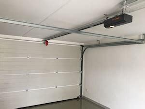 garagentor einbauen lassen garagentor einbauen lassen kosten as elektrisches garagentor garagentor rolltor odyssea