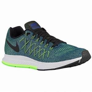 black and neon green nike shoes Nike Air Zoom Pegasus 32