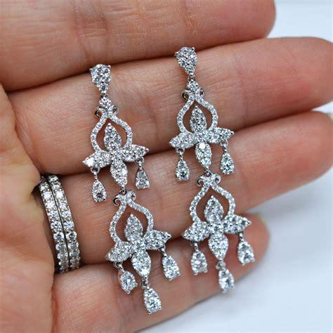 Tips On How To Wear Diamond Earrings. Moon Chains. Odell Chains. Cross Pendant Chains. Gold Australian Chains. Man 22k Chains. Venetian Box Chains. Welding Chains. Maid In Manhattan Chains
