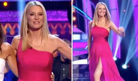 Strictly 2018: Tess Daly shocks in dress slit up ENTIRE ...