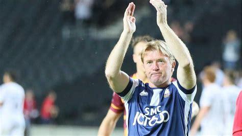 McCALL PLANS TO MIX IT UP - News - Bradford City