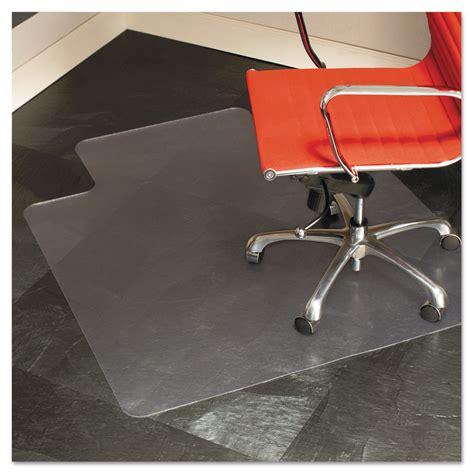 45x53 lip chair mat by es robbins 174 esr132123