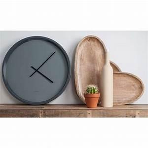 Horloge Murale Grise : horloge murale time bandit style minimaliste gris soldes zago store ~ Teatrodelosmanantiales.com Idées de Décoration