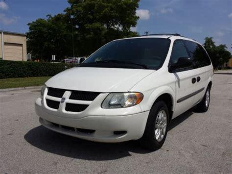 how to sell used cars 2004 dodge caravan navigation system sell used 2004 dodge grand caravan caravan town and country minivan low mileage white in