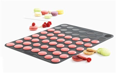 ustensiles de cuisine en silicone plaque macarons mastrad 53 empreintes coques petits