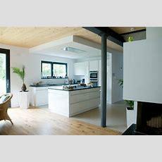 Grifflose Küche, Schwarzer Granit