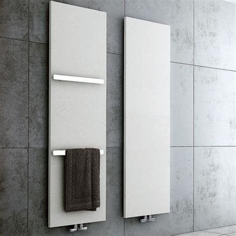badezimmer heizung handtuchhalter sanikal bad heizung l 252 ftung badewannen duschen
