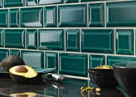 credence cuisine carrelage metro carrelage métro dans la cuisine une décoration tendance et moderne