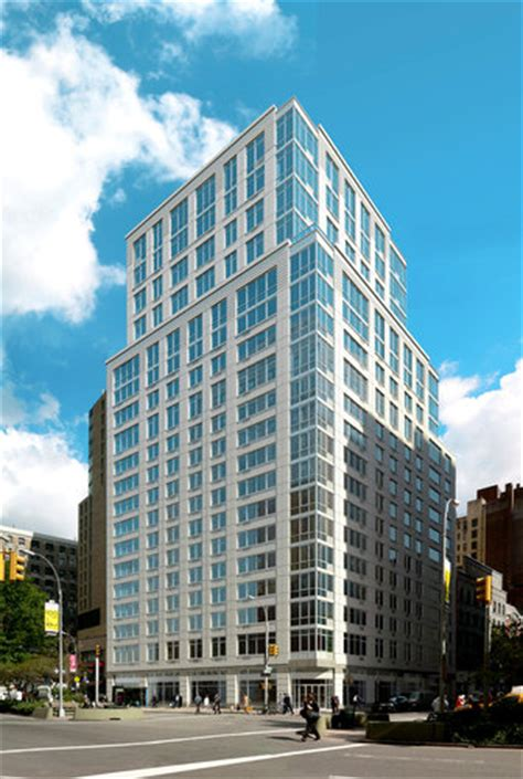 227 west 77th rentals the larstrand apartments 259 | exterior the larstrand upper west side