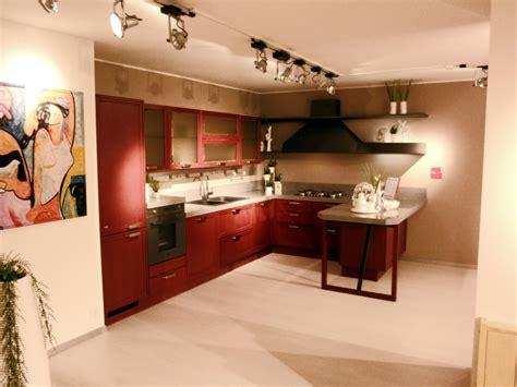cucina scavolini rossa offerta scavolini focus rossa cucine a prezzi scontati