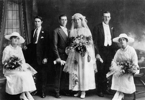 Statelibqld 1 139011 Wedding Portrait, 1910-1920.jpg