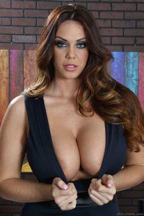 Big Tits My Hot Pornstars Daily Updated Pornstar Galleries