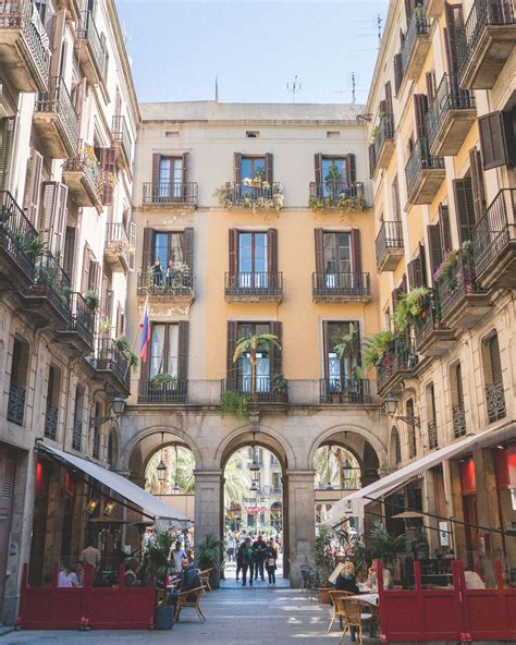 24 Hours in Barcelona, Spain - Find Us Lost