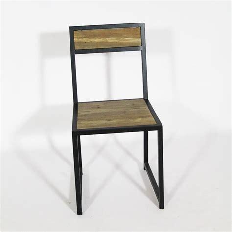 chaise métal et bois chaise authentiq en vieux pin et metal bois achat