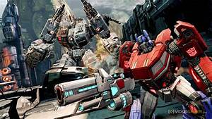Transformers Fall Of Cybertron : transformers fall of cybertron stealth launches on ps4 xbox one ~ Medecine-chirurgie-esthetiques.com Avis de Voitures