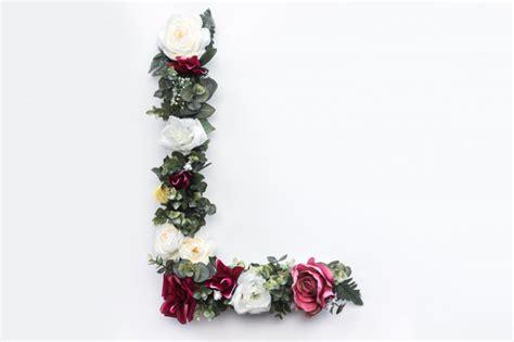 flower letter  floral monogram  photo photo