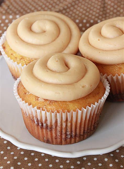 easy cinnamon roll cupcake recipe mbc cinnamon roll cupcakes