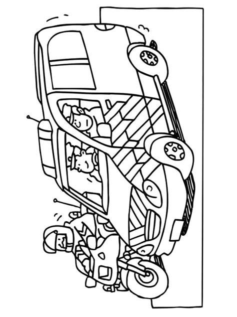 Kleurplaat Ambulance by Kleurplaten En Zo 187 Kleurplaat Ambulance Chauffeur
