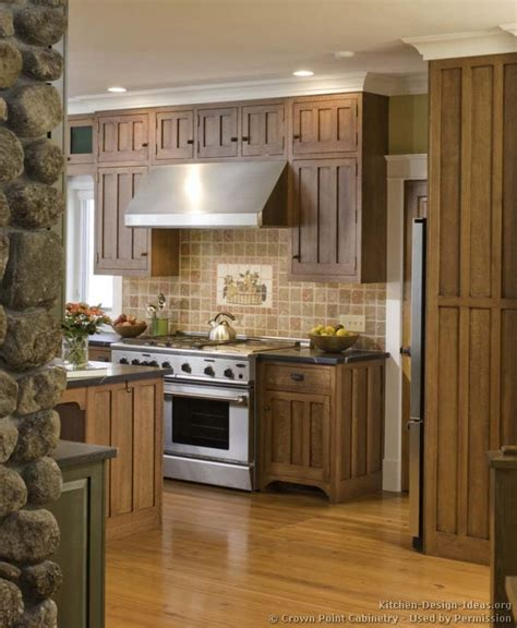 Two Tone Cupboards by Pictures Of Kitchens Traditional Two Tone Kitchen