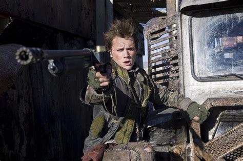 Dans l'ensemble de la saga terminator, il y a un avant et un après. Terminator Renaissance : 50 nouvelles images + vidéos (trailer, extrait, making-of ...
