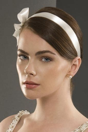 ribbon hair styles 8 ways to wear silk ribbon in hair womenitems