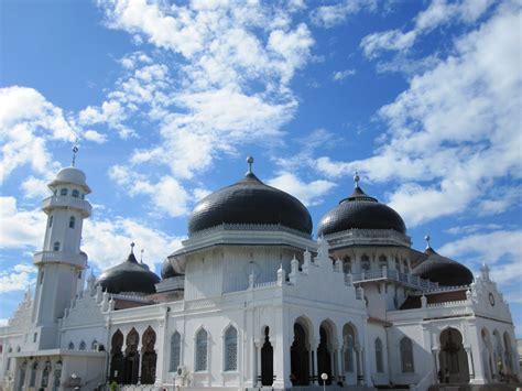 masjid raya baiturrahman banda aceh indonesia