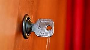 Comment Ouvrir Une Porte Sans Clé : comment ouvrir une porte ferm e sans sa clef ~ Medecine-chirurgie-esthetiques.com Avis de Voitures