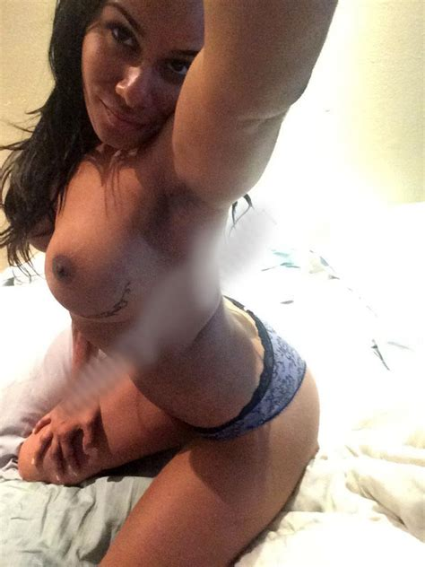 Model And Baller Wife Emmaly Lugo Nude Leaked Private Pics