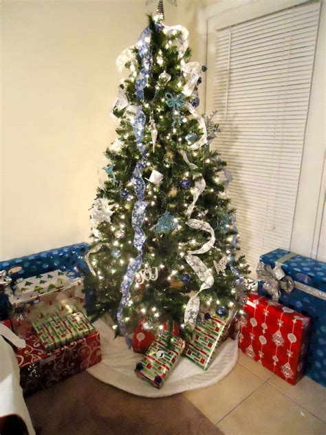 how to decorate with wide ribbon on xmas trees 40 fantabulous ribbon decoration ideas all about