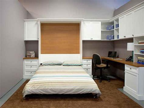 Schreibtisch Bett Kombination by 17 Minimalist Desk Bed Combo Designs For Students