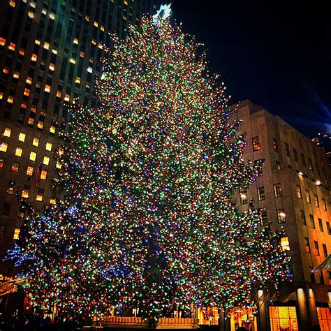 times square christmas tree in new york girlslove2travel