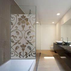 un film adhesif pour cabine de douche au motif de lianes With carrelage adhesif salle de bain avec lit rond led