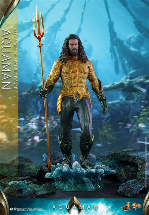 aquaman   scale aquaman figure  hot toys