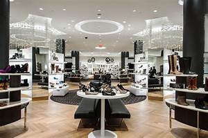 Macys madness here are 9 interesting facts about america for Macy s herald square floor directory