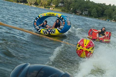Boat Tours Near Me by Chian Of Lakes Boat Rental And Tours Coupons Near Me In