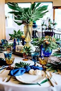 Deco Table Tropical : 50 green tropical leaves wedding ideas hi miss puff part 9 ~ Teatrodelosmanantiales.com Idées de Décoration