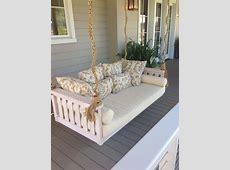 10 Amazing Outdoor Swing Bed Designs