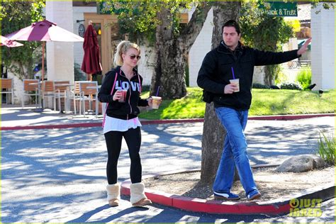 Britney Spears First Post Split Coffee Run Photo 2792224