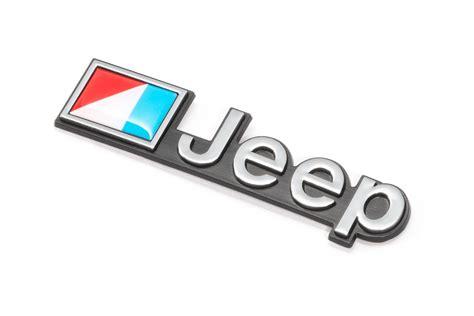 amc jeep emblem omix ada dmc 5451627 jeep emblem stick on for 76 90 jeep
