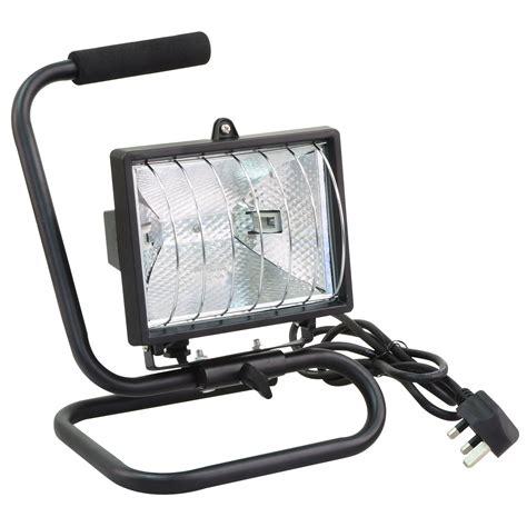 portable halogen work light rolson 60795 500w heavy duty portable halogen work light
