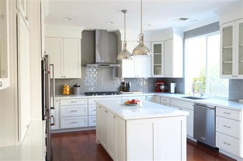 kitchen with tile backsplash kitchen design ideas remodel projects photos