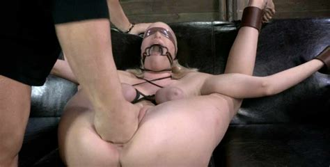 Blonde Sex Doll In Bondage Free Bdsm Bondage Pics