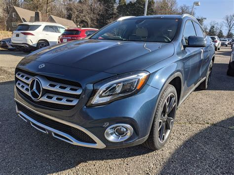Advanced safety features, luxury interior design, and more awaits you within this premium suv. New 2020 Mercedes-Benz GLA GLA 250 in Denim Blue Metallic | Greensburg, PA | #B02317
