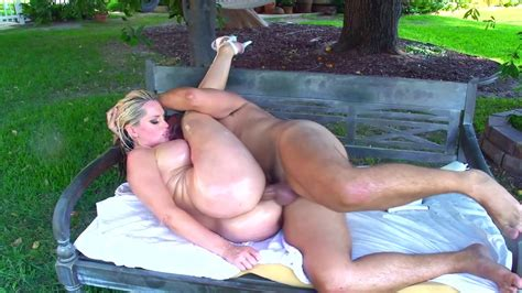 Back Yard Anal Sex With A Stunning Milf Xbabe Video