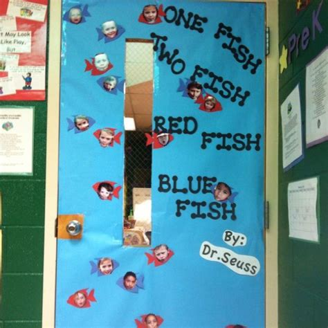 Dr Seuss Door Decorating Contest Ideas by 7 Best Images About Dr Seuss On Cats Musica