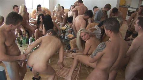 Czech Amateur Porn Pics 17 Pic Of 31