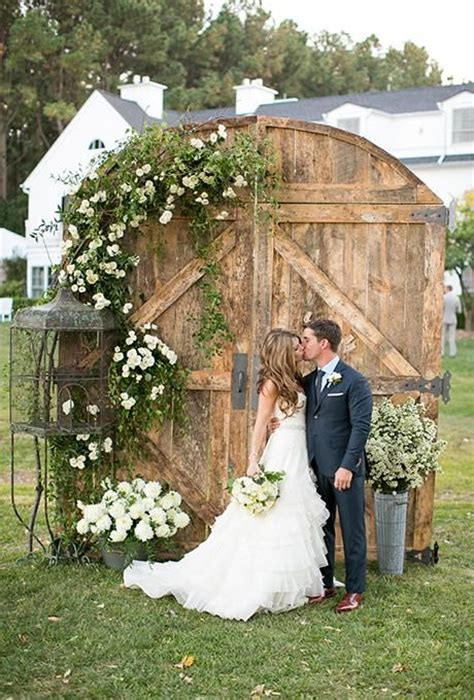 rustic  door wedding decor ideas  outdoor country