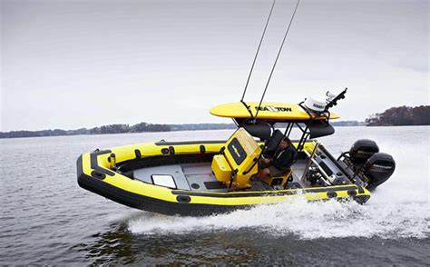 Tow Boat Us Or Sea Tow by The Ultimate Rescue Vehicle