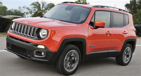 jeep renegade 2018 interior 2018 jeep renegade gains an updated interior and new