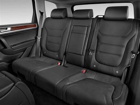 image  volkswagen touareg  door tdi lux rear seats